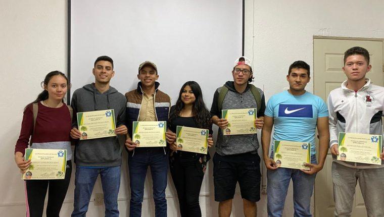 El trabajo de los integrantes de la organización Revolución Verde Salamá ha sido reconocido. (Foto Prensa Libre: Cortesía)