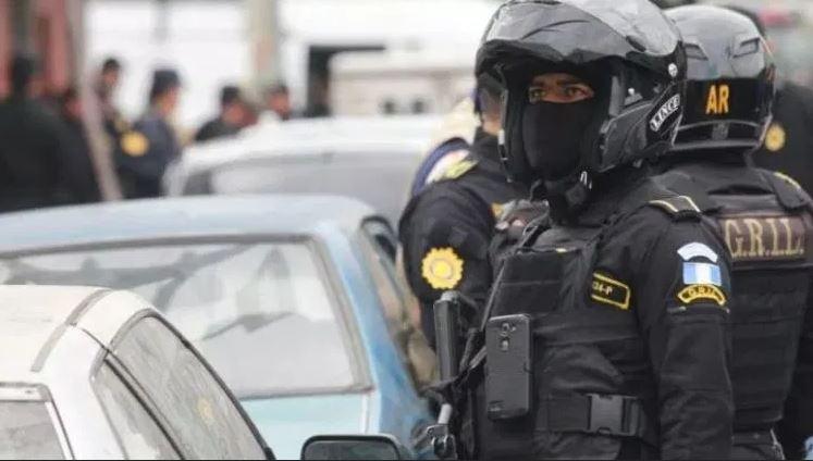 Incrementar la cantidad de agentes de la PNC es uno de los objetivos del actual gobierno. (Foto Prensa Libre: Hemeroteca PL)