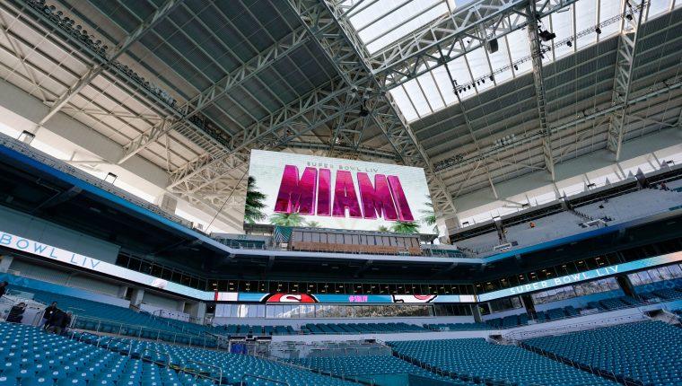 Miami ya vive la fiesta del Super Bowl 54. (Foto Prensa Libre: EFE)