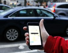 Uber desactivó cuentas de casos de viajes en efectivo donde el usuario no pagó la totalidad de la tarifa. (Foto Prensa Libre: Hemeroteca)
