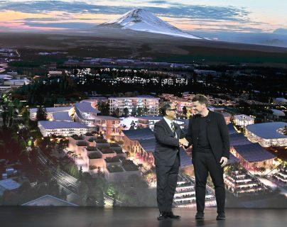 Toyota ve la colonia como una oportunidad para construir unas tecnologías. (Foto Prensa Libre: AFP)