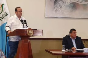 Alejandro Giammattei insiste en calificar a los pandilleros de terroristas