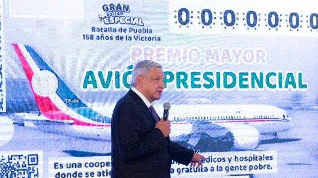 """La rifa aún es tentativa, pero AMLO ya tiene los """"cachitos"""" para vender el avión presidencial"""