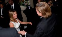 TOPSHOT - LOS ANGELES, CALIFORNIA - JANUARY 19: Brad Pitt and Jennifer Aniston attend the 26th Annual Screen Actors Guild Awards at The Shrine Auditorium on January 19, 2020 in Los Angeles, California.   Vivien Killilea/Getty Images for SAG-AFTRA Foundation/AFP (Photo by Vivien Killilea / GETTY IMAGES NORTH AMERICA / AFP)
