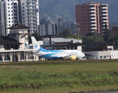 En la actualidad operan con vuelos regulares 12 aerolíneas en el país, 11 internacionales y 1 nacional. Otras que solo están representadas. (Foto, Prensa Libre: Hemeroteca PL).