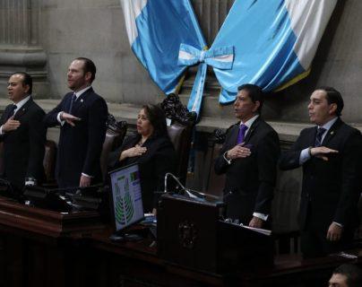 La junta directiva del Congreso entregará sus cargos a los nuevos legisladores. (Foto Prensa Libre: Érick Ávila)