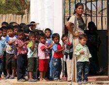 Según cifras del Banco Mundial, Cuba es el país de América Latina que invierte en educación. (picture-alliance/dpa/M.D.Castañeda)