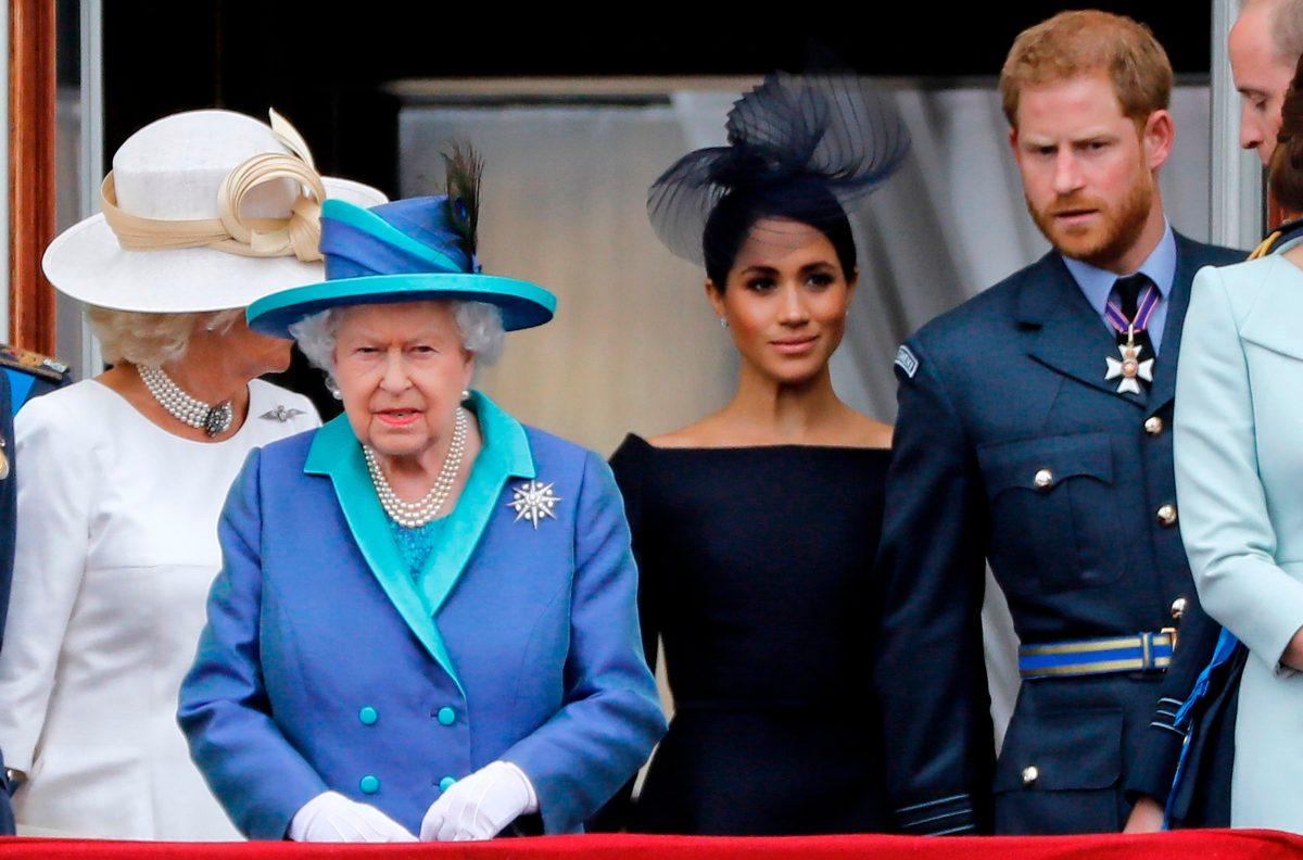 Príncipe Enrique y Meghan renunciarán a sus títulos nobiliarios