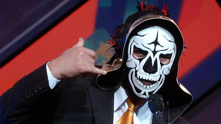Fallece el luchador mexicano La Parka por problemas renales y en pulmones