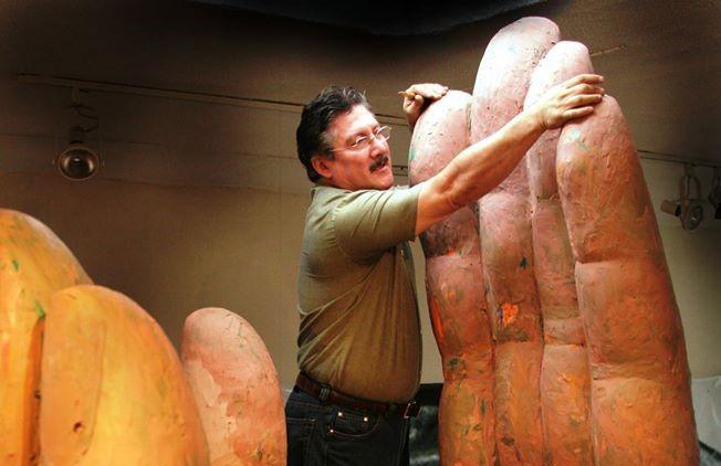 Fallece el artista guatemalteco Luis Carlos, autor del Monumento a la paz