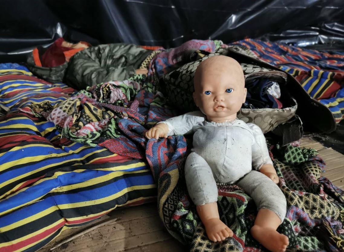 Caravana de migrantes madruga para seguir su ruta huyendo de la violencia y la pobreza