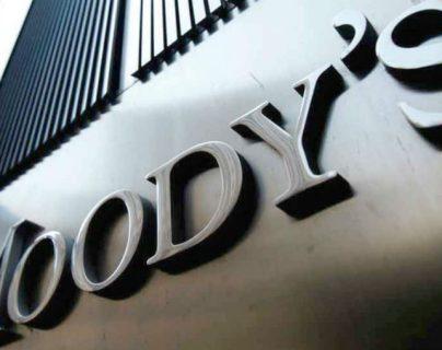 La agencia de medición de riesgo Moody's ha calificado como negativa la perspectiva de la calidad crediticia de América Latina. (Foto Prensa Libre: AFP)