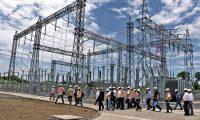 Los capitales en el sector eléctrico se mantuvieron activos en el 2019 y fue una de las actividades que registró incremento de inversión. (Foto Prensa Libre: Hemeroteca)