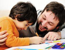 Es importante estar presentes en el desarrollo de los hijos. (Foto Prensa Libre: Servicios).