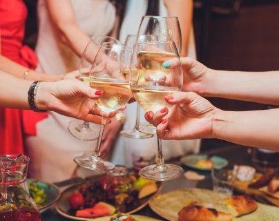 Muchos productos que se emplean en las fiestas se utilizan solo una vez, por lo que es momento de elegir aquellos que sean reciclables. (Foto Prensa Libre, servicios)