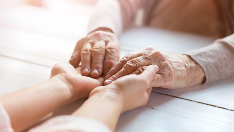 En el proceso de separación de una pareja, los abuelos podrían ser un apoyo para sus nietos. (Foto Prensa Libre: Servicios).