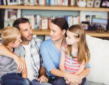 Es importante que los padres dialoguen con sus hijos para prevenir situaciones de riesgo. (Foto Prensa Libre: Servicios).