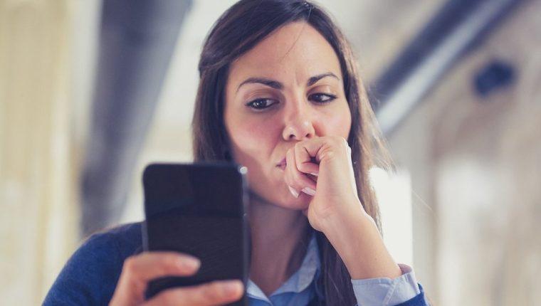 Un estudio de 2017 encontró que 53% de mujeres de entre 18 y 29 años habían recibido una imagen lasciva no solicitada en internet.