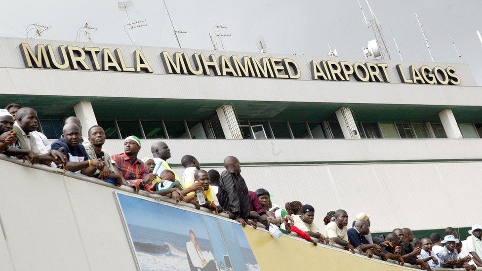 Nigeria y los otros 5 países incluidos en el veto migratorio de Donald Trump (y qué restricciones enfrentan sus ciudadanos)