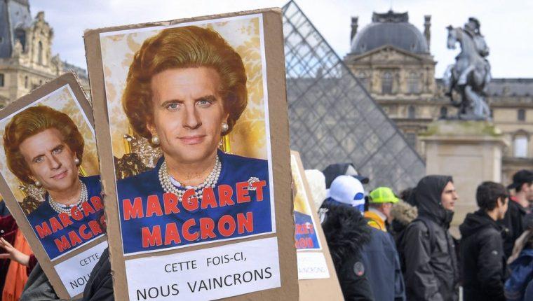 Al presidente francés sus críticos lo acusan de defender los intereses del capiatl privado.