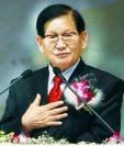 Lee Man-hee es visto como un nuevo Mesías por los creyentes de la secta. LEESUNHO
