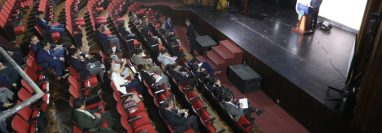 Al menos 50 diputados asistieron a la convocatoria que hizo el Congreso para que los diputados conocieran a los candidatos a magistrados y escucharan su trayectoria profesional. (Foto Prensa Libre: Érick Ávila)