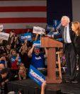 Bernie Sanders alegó una escasa ventaja pese a la falta de resultados oficiales. (Foto Prensa Libre: EFE)