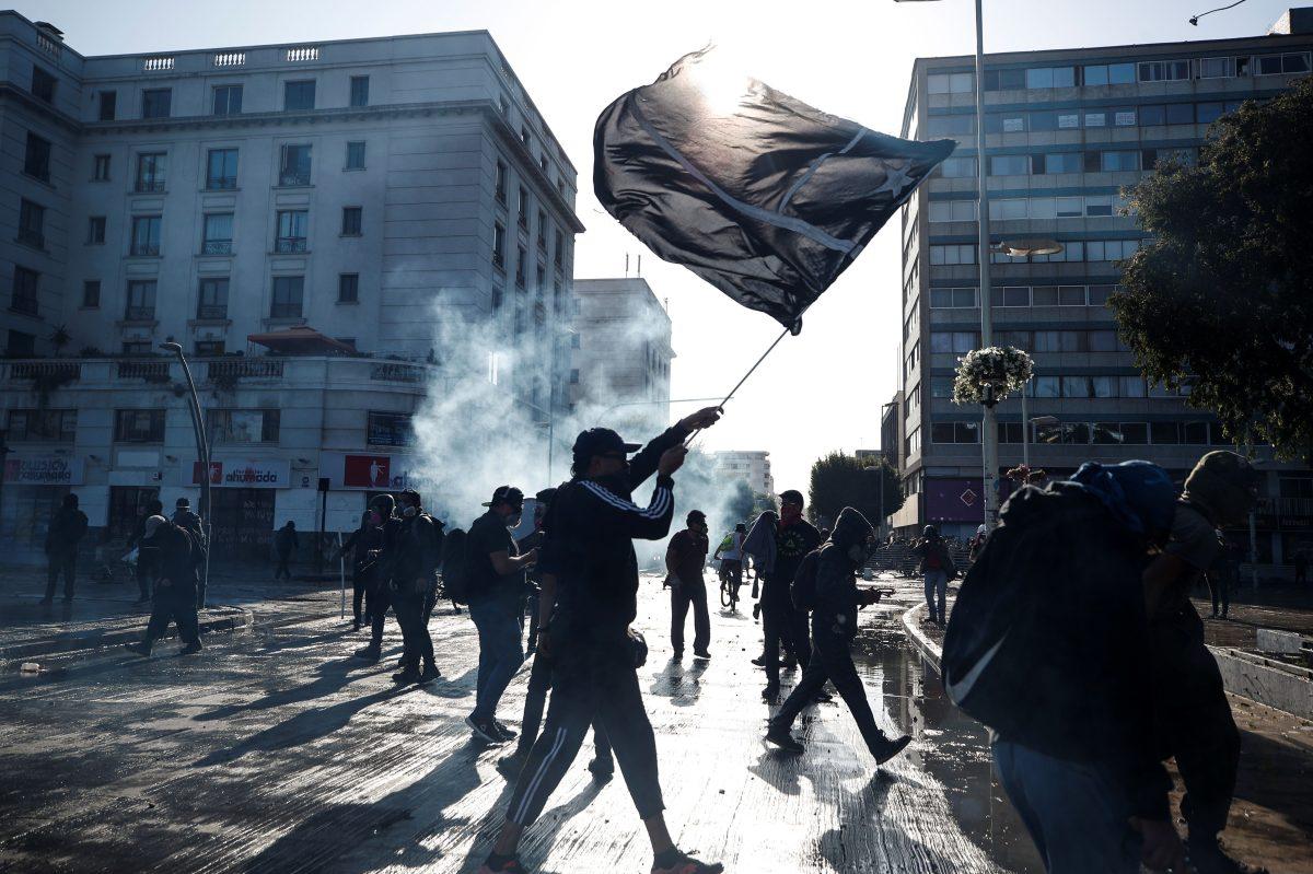 El festival de Viña del Mar inicia rodeado de disturbios en Chile