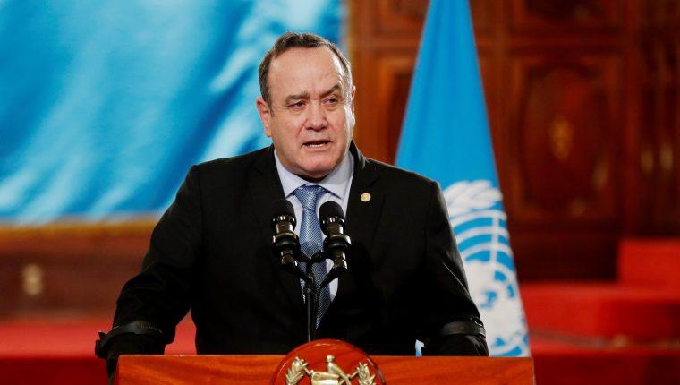 El mandatario resaltó la necesidad de aumentar las medidas de prevención. (Foto Prensa Libre: EFE)