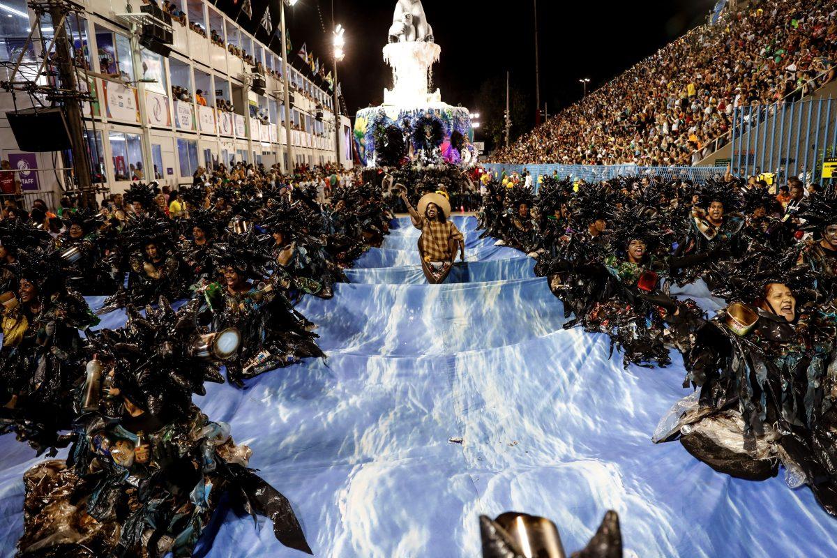 Fotogalería: carnaval llena de color, baile y alegría alrededor del mundo