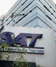 Después de la hora y fecha indicada no se recibirá ningún expediente, advierte la convocatoria de la SAT. (Foto Prensa Libre: Hemeroteca).