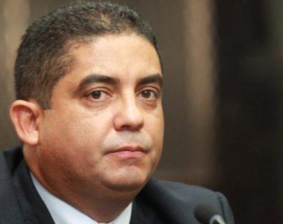El exsecretario privado de la vicepresidencia Juan Carlos Monzón declarará en el juicio del caso la Línea. (Foto Prensa Libre: Hemeroteca PL)