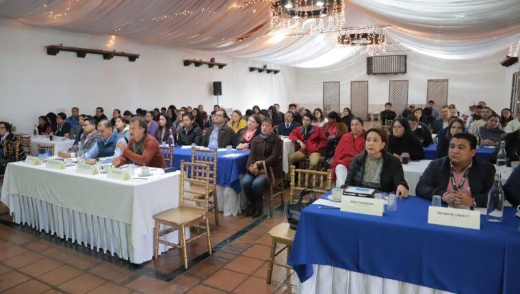 Desarrollo del evento de la Mesa de Competitividad de Fundesa, en Cobán, Alta Verapaz. (Foto Prensa Libre: Cortesía)