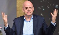 Gianni Infantino, presidente de la Fifa, está preocupado por las deudas a los futbolistas. (Foto Prensa Libre:  AFP)
