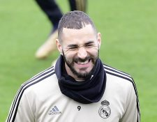 Karim Benzema captado en un entrenamiento con su equipo, el Real Madrid (Photo by JAVIER SORIANO / AFP)