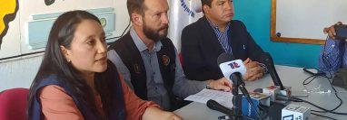 Autoridades de Salud de Quetzaltenango recomiendan no automedicarse por la alarma que causa el coronavirus. (Foto Prensa Libre)