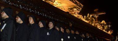 La Cuaresma y Semana Santa en Antigua Guatemala se caracteriza por la religiosidad que se demuestra en los cortejos procesionales. (Foto Prensa Libre: María René Barrientos)