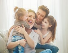 Durante la niñez se debe aprender a expresar las emociones para evitar ansiedad e inseguridad en la adultez. (Foto Prensa Libre: Servicios).