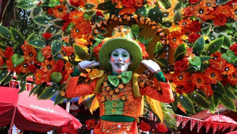 Color y algarabía en el Carnaval Mazateco 2020. (Foto Prensa Libre: Marvin Túnchez).