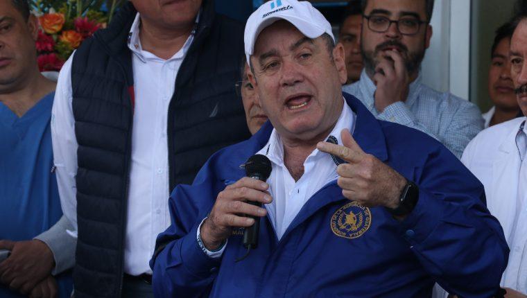 Alejandro Giammattei ha realizado varios ofrecimiento durante esta semana en Quetzaltenango. (Foto Prensa Libre: Raúl Juárez)