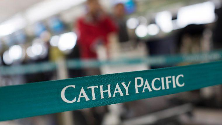 Cathay Pacific pide a su plantilla dejar de trabajar 3 semanas por el coronavirus. (Foto Prensa Libre: EFE)