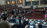 Diputados en la sesión plenaria del 11 de febrero, cuando se declaró sesión permanente. (Foto Prensa Libre: Hemeroteca PL)