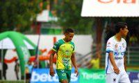 El jugador colombiano José Corena fue uno de los jugadores determinantes para el triunfo de Guastatoya frente a Mixco. (Foto Prensa Libre: Luis López)