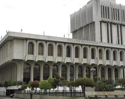 La bancada Semilla decidió presentar un amparo en la Corte Suprema de Justicia, mientras que la Una lo hizo por medio de la Corte de Constitucionalidad. (Foto, Prensa Libre: Hemeroteca PL).