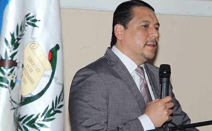 Óscar Dávila Mejicanos, exviceministro de Gobernación es el director ejecutivo de la Comisión Presidencial contra la Corrupción. (Foto Prensa Libre: Hemeroteca PL)