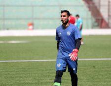 Víctor Ayala, es titular indiscutible del equipo colonial. (Foto Prensa Libre: Carlos Vicente)