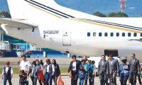 Noventa guatemaltecos arribaron al país en el vuelo de deportados proveniente de Miami, Estados Unidos. (Foto Prensa Libre: Hemeroteca)