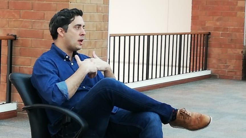 Rodrigo Diamanti: El primer síntoma de una dictadura es la persecución a la prensa y las organizaciones sociales
