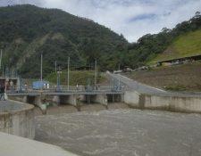 En el país operan diversas hidroeléctricas, otras están en trámites de autorización y algunos proyectos están en construcción. (Foto, Prensa Libre: Hemeroteca PL).