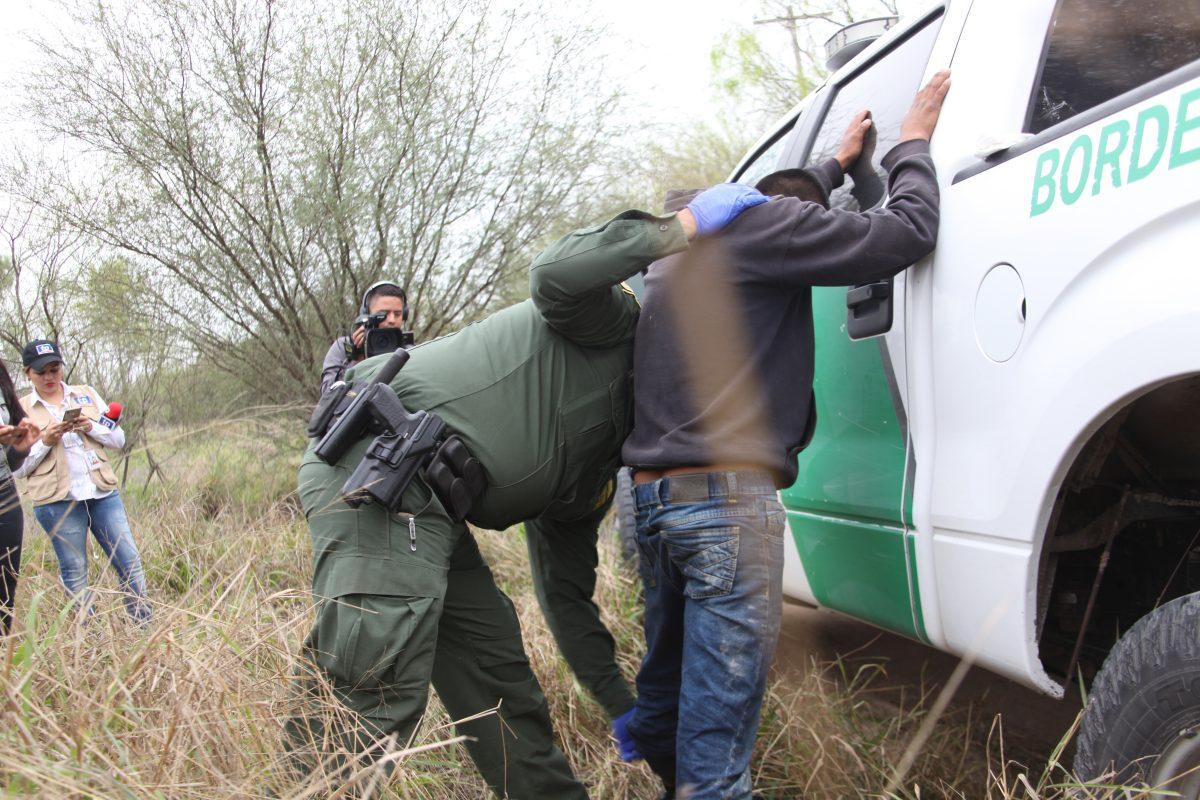 """Joe Biden quiere naturalizar a nueve millones de migrantes en un plan más """"sano, ordenado y humano"""""""